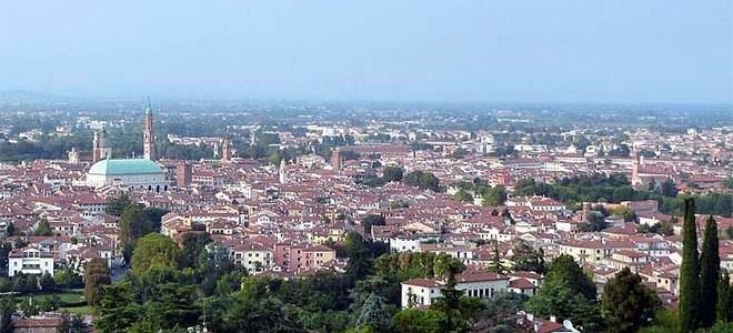 Calendario Vicenza.Vicenza E I Suoi Quartieri Protagonisti Di Un Ricco